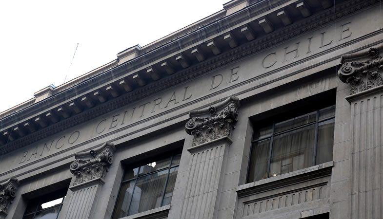 IPoM: Banco Central rebaja proyección de crecimiento a un 2,75%