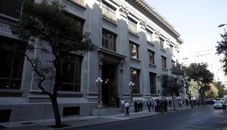 Banco Central aplica recorte de tasa de interés alcanzando un 1%