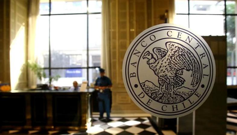 Banco Central resolvió mantener la tasa de interés en 0,5%, su mínimo técnico