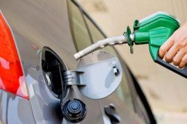 Combustibles bajarán de precio por décima octava semana consecutiva