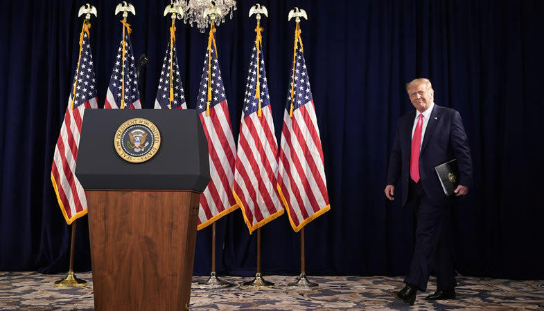Donald Trump anuncia un nuevo conjunto de medidas económicas para enfrentar los efectos del coronavirus