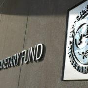 FMI mejora la perspectiva económica para Chile y ratifica vulnerabilidad de América Latina