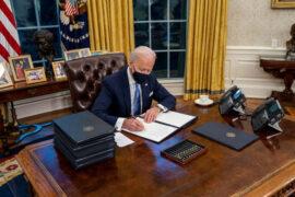 Joe Biden propone duplicar el salario mínimo en Estados Unidos