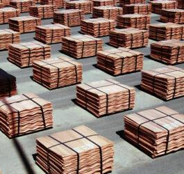 Precio del cobre alcanza su máximo en una decada, la tonelada se cotiza por sobre los US$10.000